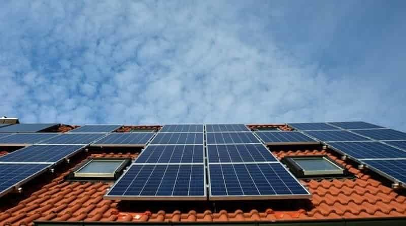 benefits of solar panels in homes